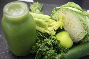 緑野菜とグリーンスムージー